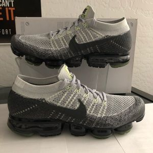 Nike Air VaporMax Flyknit HERITAGE NEON 922915-002